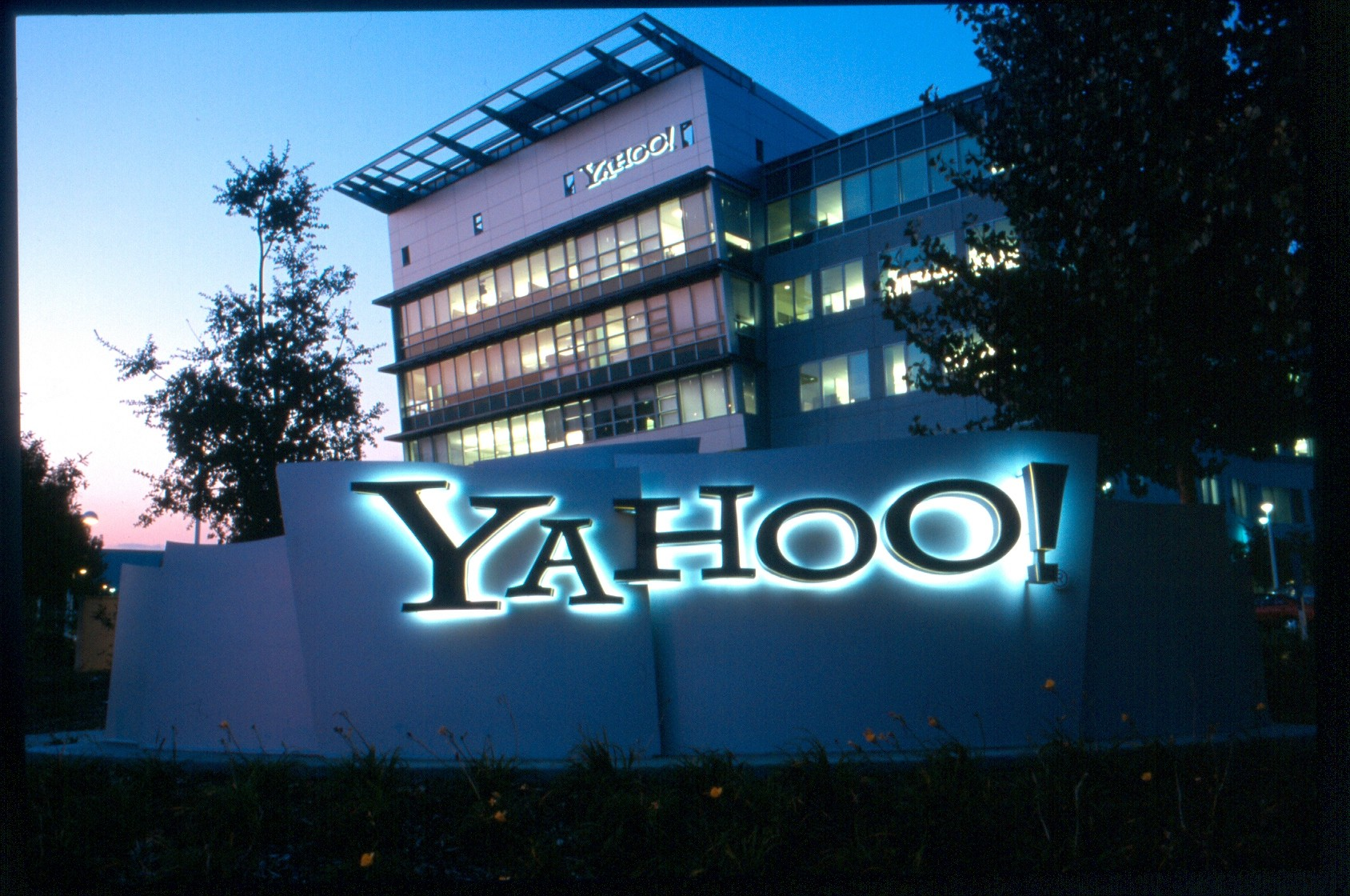 Yahoo Says Hackers Stole Data on 500 Million Users in 2014
